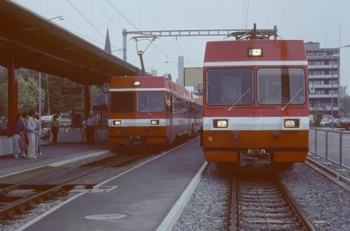 zwei Züge der FW