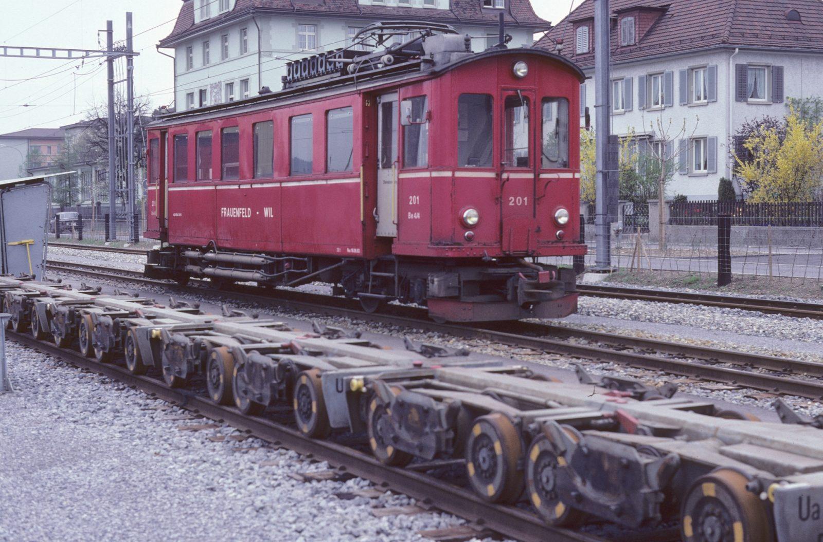 Triebwagen wilerbahn Rollbock