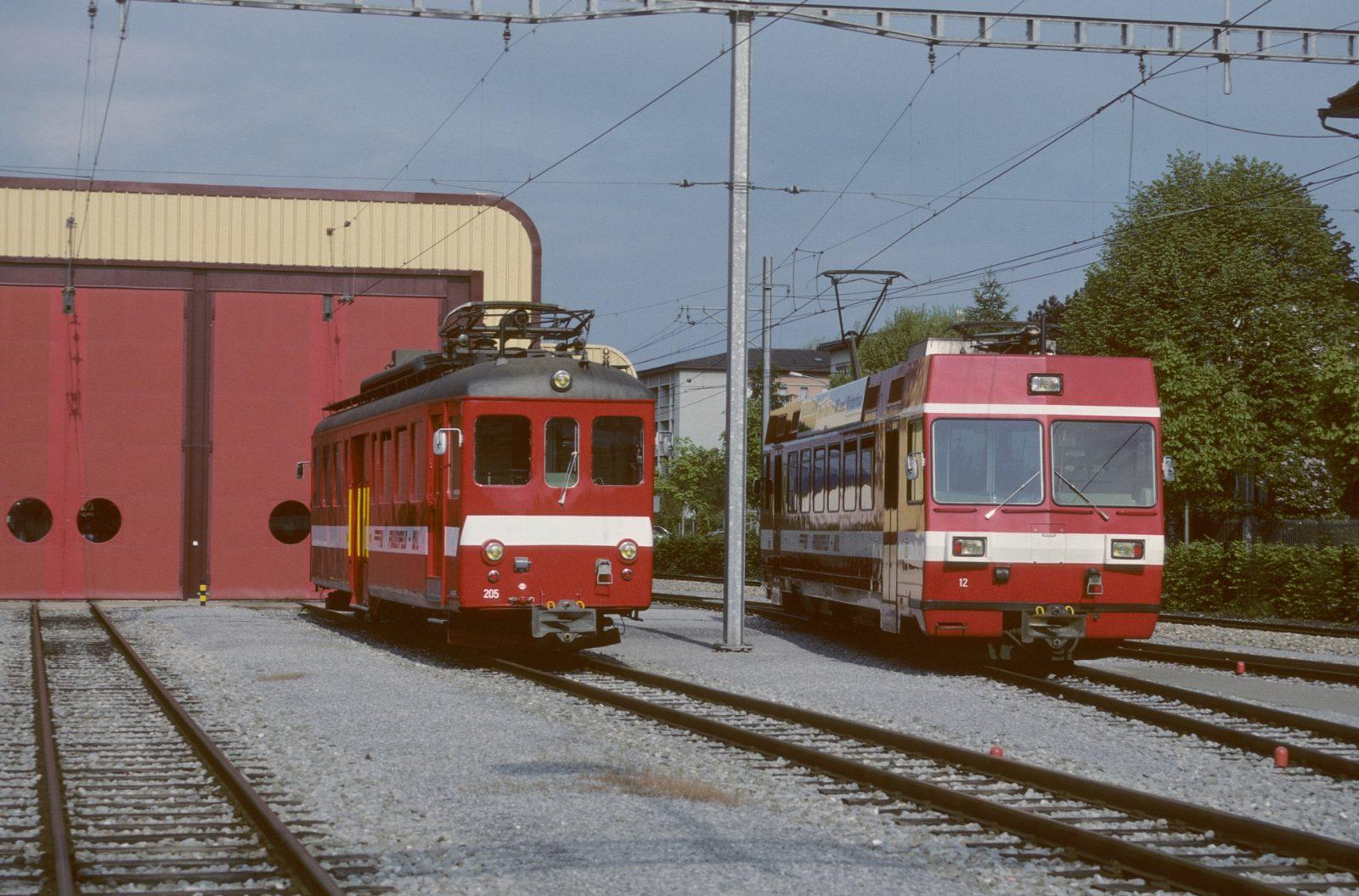 FW Triebwagen zwei Generationen